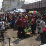 Vendedores de los alrededores del mercado municipal de Puerto La Cruz seguirán sin laborar