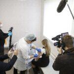 Vacuna del COVID-19 provoca reacciones encontradas en Rusia